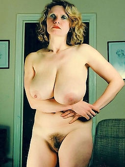 hot hairy grown-up pussy