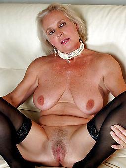 hairy naked lady seduction