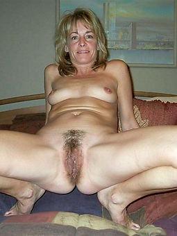 lovely mature hairy xxx