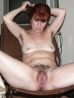 amatuer hairy nude mature women