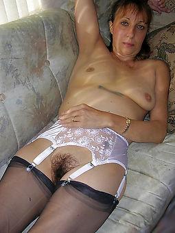 naked matured soft column pic