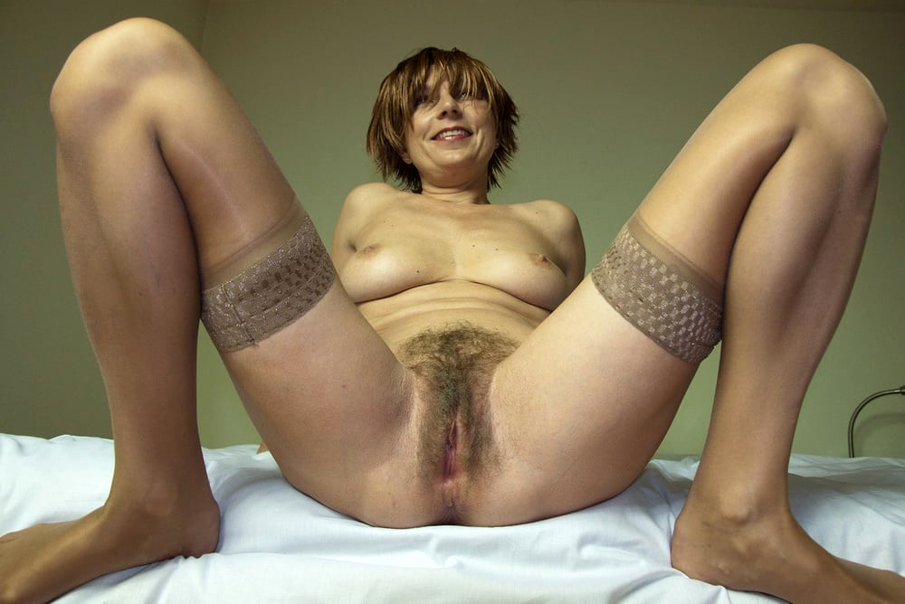 naked hairy mature free porn