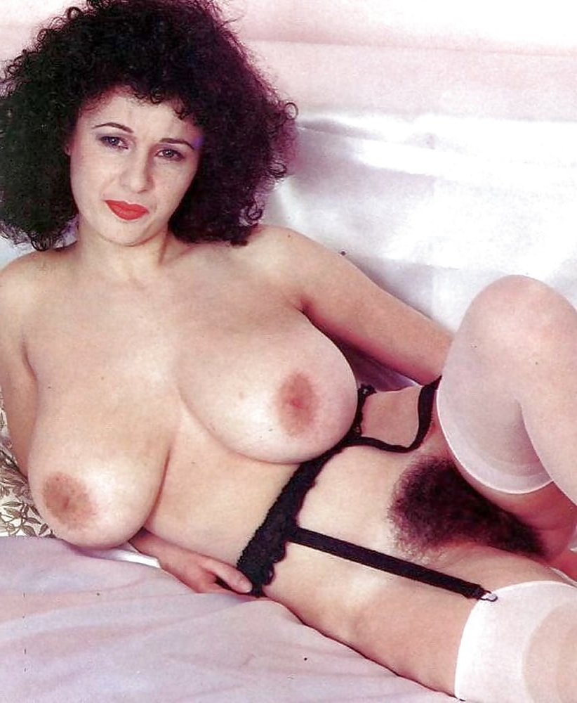 big tits hairy pussy freebooting